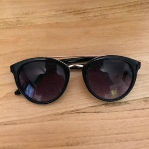 Black and gold glasses